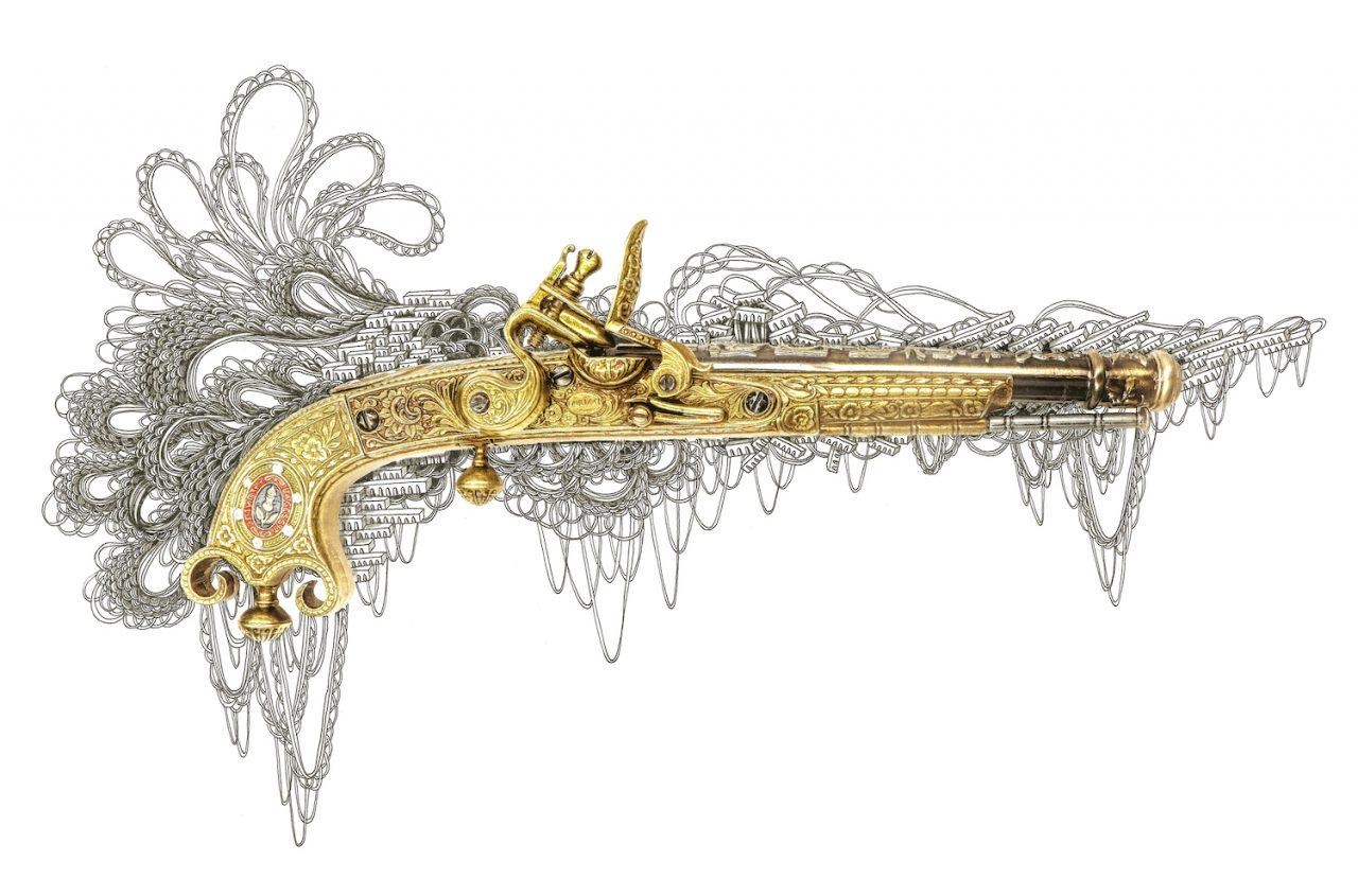 石井七歩(いしいなほ)のアート作品「理想宮(フロントロック銃ゴールド)」